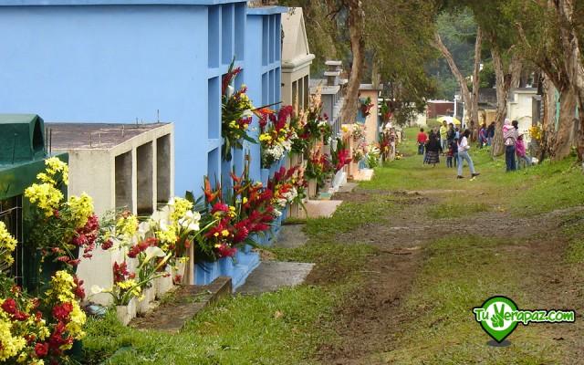 Guía Turística Verapaces - 084 Cementerio de Cobán